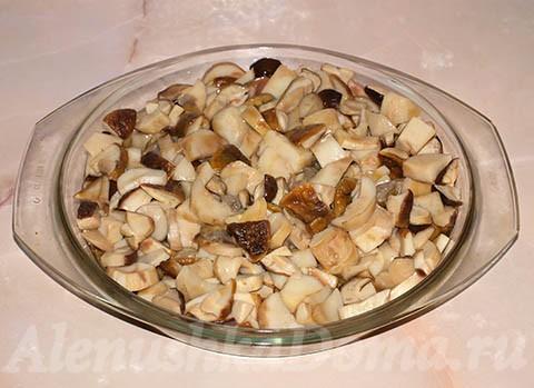 Вареные белые грибы
